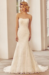 Strapless Maxi Appliqued Lace&Tulle Wedding Dress With Court Train And Lace-Up