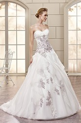 A-Line Sweetheart Floor-Length Organza Wedding Dress With Appliques And Draping