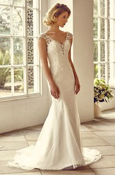 Floor-Length V-Neck Cap-Sleeve Appliqued Lace&Tulle Wedding Dress