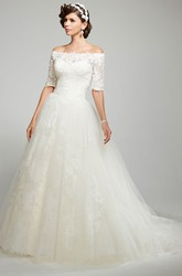 Ball Gown Off-The-Shoulder Appliqued Short Sleeve Tulle Wedding Dress