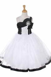 Broach Tea-Length Bowed Tiered Sequins&Organza Flower Girl Dress With Sash