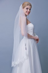 One Tier Mid Length Veil With Lace Trim