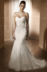 Mermaid Criss-Cross Sweetheart Lace Wedding Dress With Flower