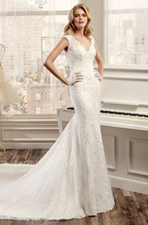 V-Neck Lace Wedding Dress With Open Back And Court Train
