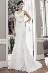 Sheath V-Neck Sleeveless Appliqued Floor-Length Lace Wedding Dress With Flower And Low-V Back