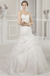 Trumpet Floor-Length Sweetheart Satin Wedding Dress With Criss Cross And Pick Up