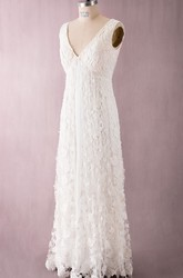 Vintage Style V-neck V-back Delicated Lace Floor-length Dress