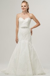 Trumpet Long Sweetheart Jeweled Lace Wedding Dress With Appliques And Beading