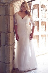 Sheath Draped V-Neck Half-Sleeve Chiffon Plus Size Wedding Dress With Broach