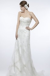 A-Line Sleeveless Appliqued Sweetheart Lace Wedding Dress