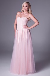 A-Line Sleeveless Strapless Floor-Length Tulle Prom Dress