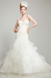 Sweetheart Maxi Appliqued Lace&Tulle Wedding Dress With Court Train And V Back