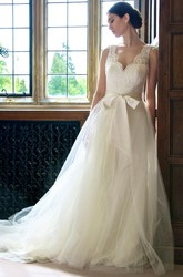 Ball Gown V-Neck Long Sleeveless Lace Tulle Wedding Dress With Bow And Ruffles