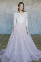 Lace Tulle 3/4 Sleeve Wedding Dress With V-neck