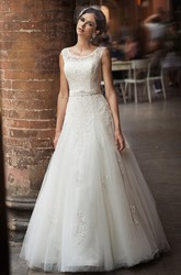 A-Line Maxi Square-Neck Sleeveless Appliqued Tulle&Lace Wedding Dress With Bow