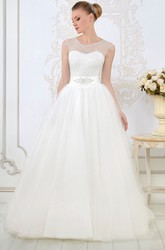 A-Line Sleeveless Beaded Scoop-Neck Long Tulle Wedding Dress With Waist Jewellery