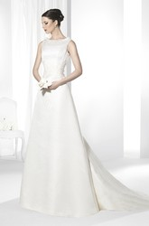 A-Line Maxi Sleeveless Scoop-Neck Satin Wedding Dress