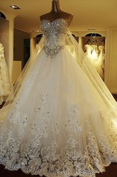 Luxury Watteau Train Lace Appliques Strapless Sweetheart Wedding Dress With Train And Beading
