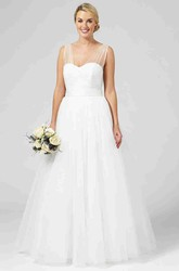 A-Line Strapped Sleeveless Bowed Floor-Length Tulle Wedding Dress With Lace