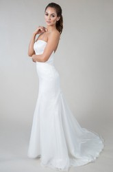 Sheath Sleeveless Sweetheart Floor-Length Satin Wedding Dress