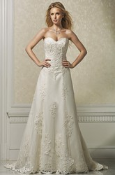 A-Line Appliqued Sweetheart Long Sleeveless Satin&Lace Wedding Dress