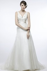 V-Neck Maxi Tulle&Satin Wedding Dress With Court Train And V Back