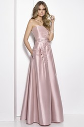 A-Line Floor-Length Sleeveless Strapless Appliqued Satin Prom Dress