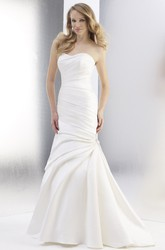 Mermaid Sweetheart Satin Wedding Dress With Ruching And Side Draping