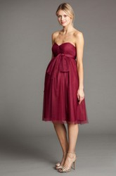 Knee-Length Sleeveless Bowed Empire Sweetheart Tulle Bridesmaid Dress