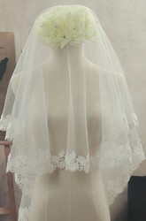 Simple Fingertip Tulle Wedding Veil with Lace Edge