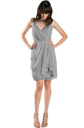 Short Pencil Draped V-Neck Sleeveless Chiffon Muti-Color Convertible Bridesmaid Dress