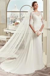 Scalloped-Neck Sheath Bridal Gown With Half-Sleeve And Court Train