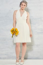 V-Neck Knee-Length Sleeveless Chiffon Wedding Dress With Ruching And Zipper