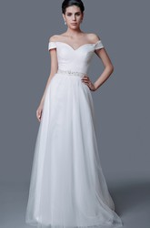 Elegant Off-the-shoulder A-line Tulle Wedding Dress