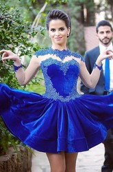 Delicate Long Sleeve Royal Blue Short Homecoming Dress Appliques