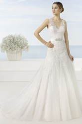 A-Line V-Neck Sleeveless Appliqued Long Lace&Tulle Wedding Dress With Waist Jewellery And Pleats