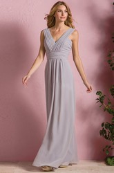 Modern V-Neck Sleeveless Long Gown With Pleats