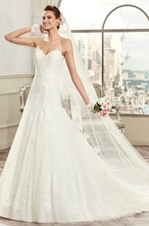 Sweetheart Spaghetti-Strap Bridal Gown With Open Back And Court Train