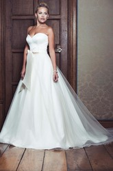 Ball Gown Sweetheart Tulle&Satin Wedding Dress With Bow And Sweep Train