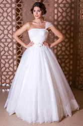 Ball Gown One-Shoulder Tulle Wedding Dress With Lace Up