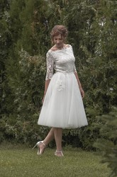 Vintage Inspired Tea Length Tulle Wedding Dress With Lace Bodice