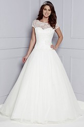 A-Line Short-Sleeve Lace Floor-Length Scoop-Neck Tulle&Lace Wedding Dress With Flower