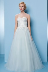 A-Line Appliqued Maxi Sweetheart Sleeveless Tulle Prom Dress