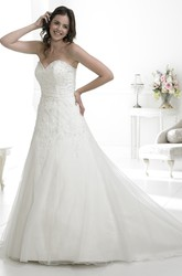 A-Line Maxi Sleeveless Appliqued Sweetheart Tulle Wedding Dress