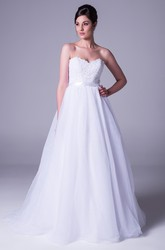 A-Line Strapless Floor-Length Tulle Wedding Dress With Appliques And V Back