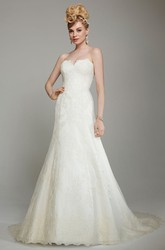 A-Line Sweetheart Long Lace Wedding Dress With Appliques And Deep-V Back