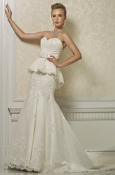 Mermaid Sleeveless Floor-Length Sweetheart Peplum Lace Wedding Dress With Appliques