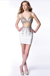 V-Neck Sheath Sequined Short Homecoming Dress With Keyhole Back