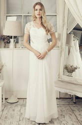 T-Shirt Sleeve V-Neck Appliqued Chiffon Wedding Dress