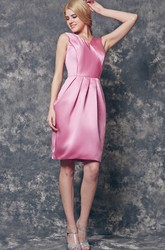 Deep V-back A-line Short Satin Dress With Bow